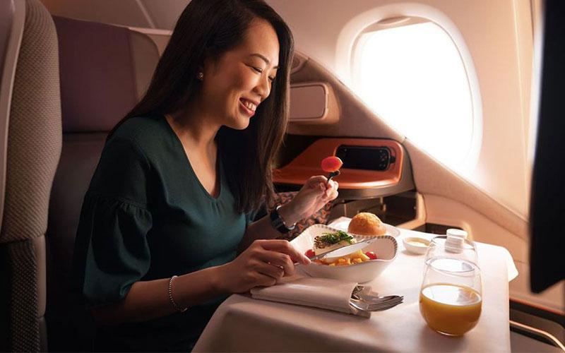تجربه انواع غذا در هواپیما