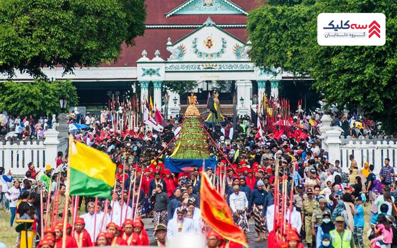 آداب وسنن مردم اندونزی