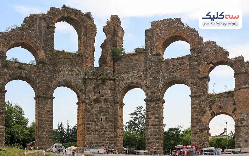 معماری تئاتر رومی شهر آسپندوس