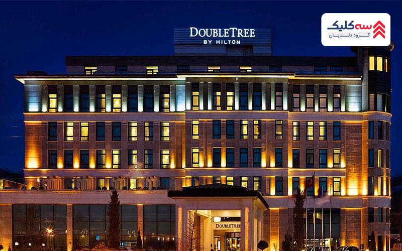 اقامت در دبی و تجربه ی گذراندن اوقاتی خوش در هتل هیلتون