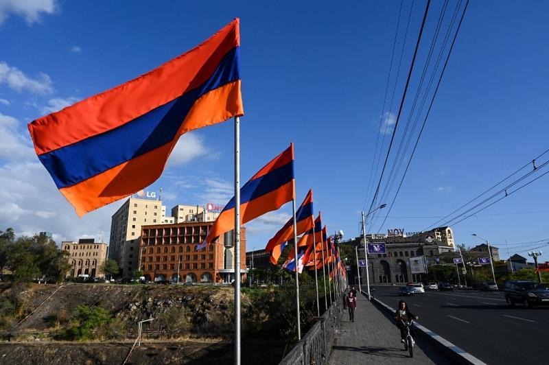 دریاچه سوان ارمنستان و فاصله با شهر